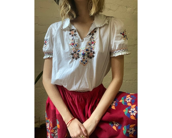 Vintage Cotton Hungarian Embroidered Short Sleeve