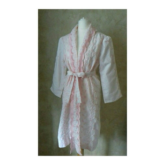 Vintage 70's pink Ruffle lace dressing gown robe s