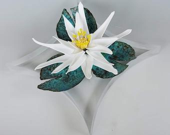 Glass waterlily