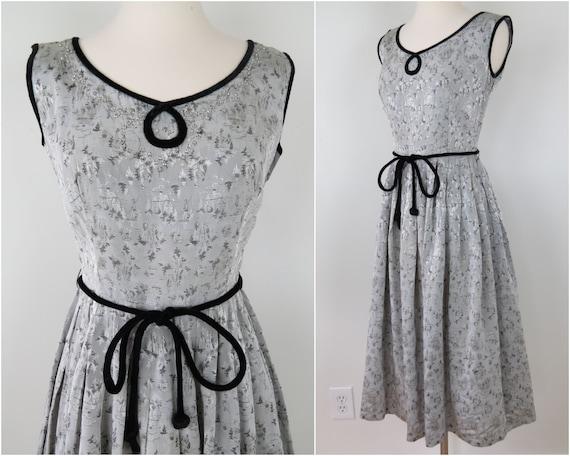 Vintage 1950s Silver Brocade Evening Dress | Pleat