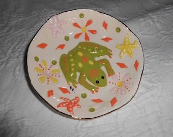 Beautiful Handmade ceramic Frog Trinket Ring Dish 18k gold