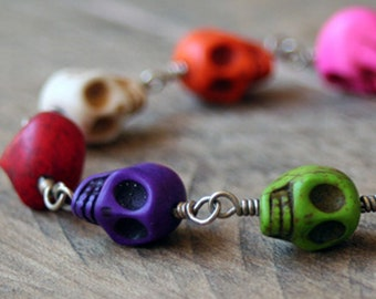 Wire Wrapped Skull Bracelet, Day of the Dead Jewelry, Jewelry For Halloween, Skull Jewelry, Pirate Theme Jewelry, Gifts for Friends