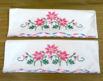Vintage Embroidered Pillowcase PAIR Cross Stitch Floral Flowers #219