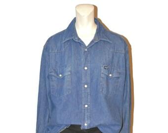 b337369bc3a Vintage Denim Wrangler Western Wear Shirt Pearl Snap Long Sleeve Cowboy  Blue Jean Shirt Size 17x34 Cotton Men s Medium Wash Denim Shirt