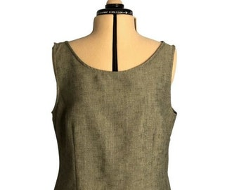 Vintage 1990's Basic Sleeveless Blouse Shell Size 14P Structured Fit by Sag Harbor Neutral Greenish Gray Color Tank Top