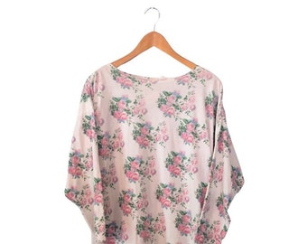 Vintage 1990's Victoria's Secret Nightgown Long T-Shirt Tunic Floral Print Flower Pattern Cottagecore White Pink Green Long Sleeve Boatneck