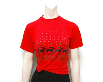 Vintage 1980's Christmas Moose Reindeer Yellowstone Park T-Shirt Red Holiday Sweater Tee Size Small Wyoming National Park Cute Funny Tshirt