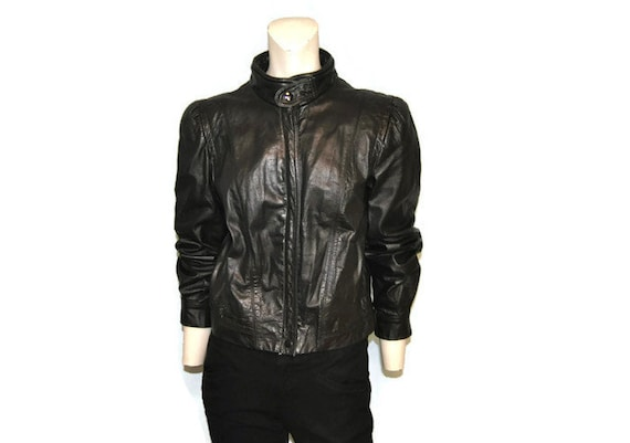 d8d95ecf6de Vintage 1980 s Leather Bomber Jacket Women s Black Zip