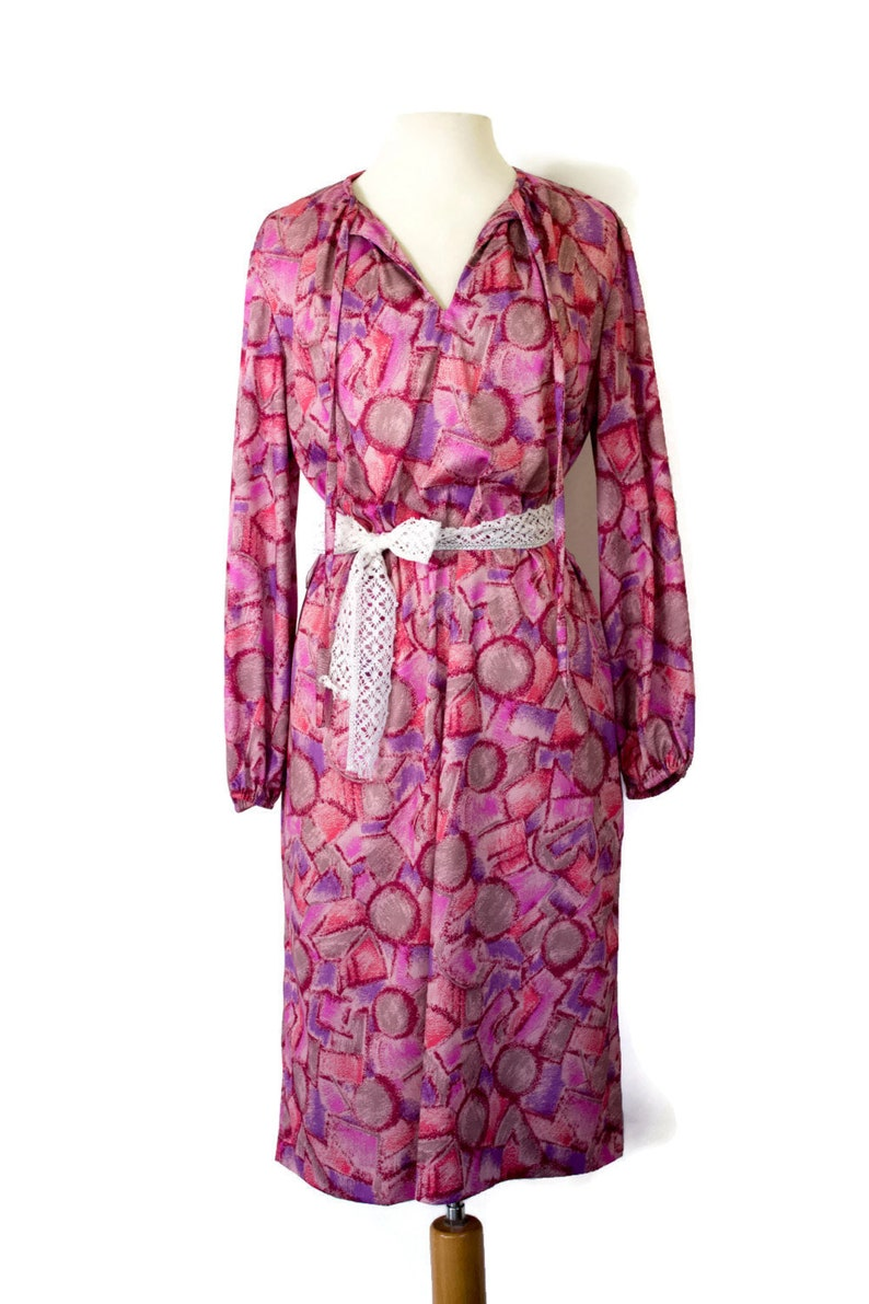 e50318af8150 Vintage 1970 s Long Sleeve Shift Dress Pink and Purple