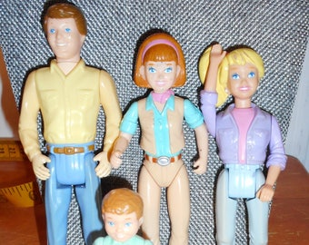 Vintage Toy Playskool Family Mom, Dad, Big Sister, Little Brother, Little Sister