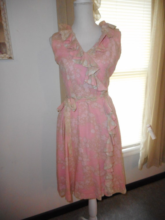 Vintage 1960's Dress Romantic Floral Fabric Ruffl… - image 8