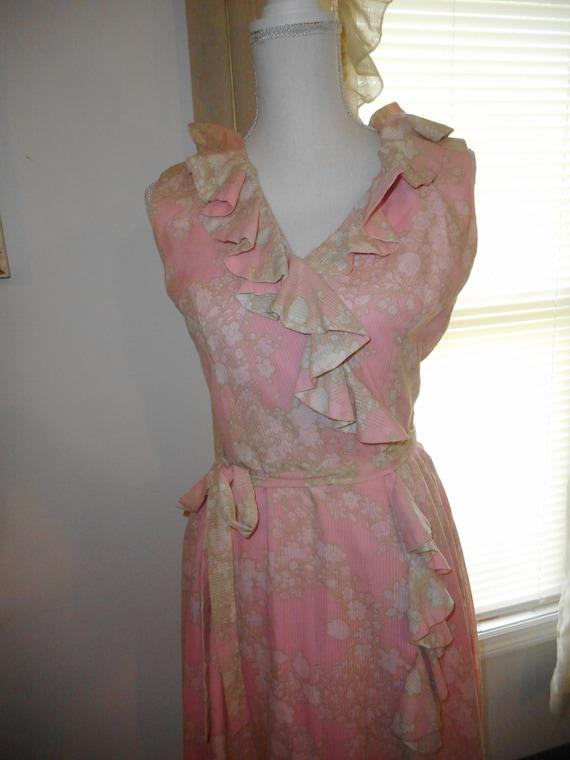 Vintage 1960's Dress Romantic Floral Fabric Ruffl… - image 5