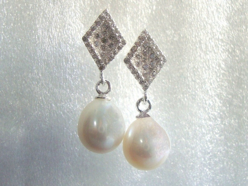 Organic Natural Pearl Earring Natural Drop Pearl Earrings Pearl Earrings for the Bride Earrings for Mother of Bride Mother in Law