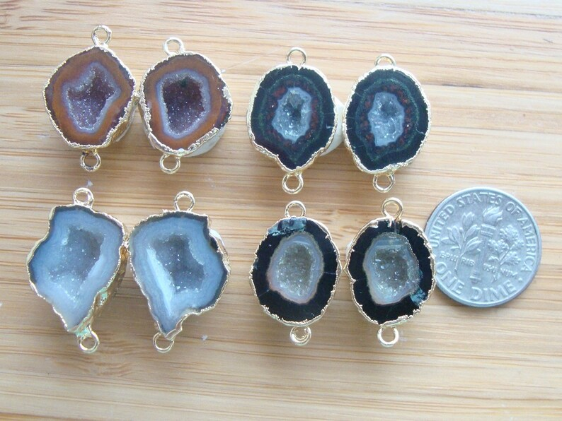 GC2025 Geode Halves Geode Connectors 24K Gold Electroplated Natural Mexican Tobasco Agate Half Geode Pair 20-25mm