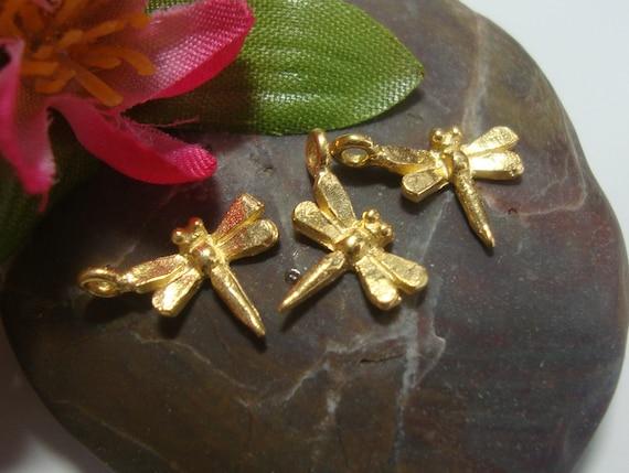 Acheter en vrac et économisez, Bali Artisan Artisan Artisan or Vermeil 3D breloque libellule, joli petit pendentif, 13 x 9 mm, lot de 10 pcs - PC-0152 215c1d