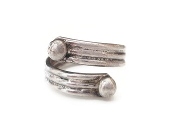 Mexican Sterling Bypass Ring, Mexico 925, Ribbed Band, Ball Accents, Silver Band, Rings Size 7.5
