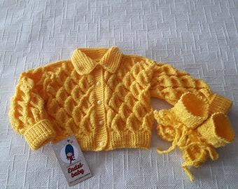 02f30858d Crochet baby outfit Sweater newborn Cardigan girls tunic