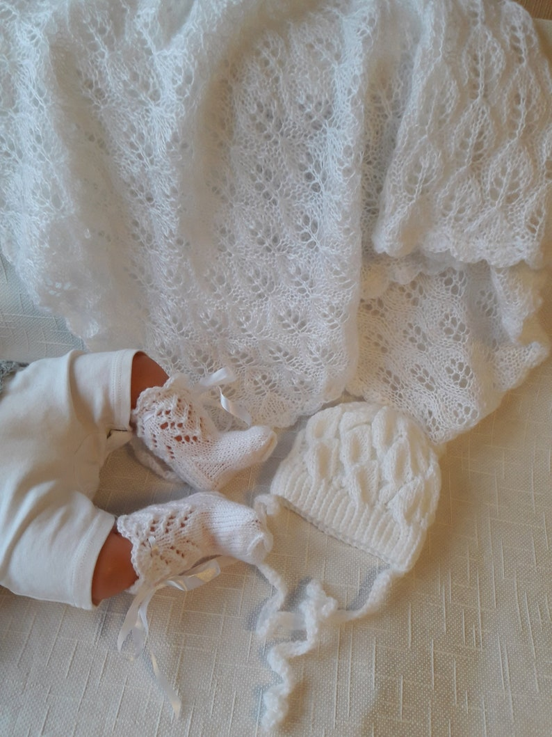 862a3f67899e White socks baby blanket newborn hat Wool blanket Knitted