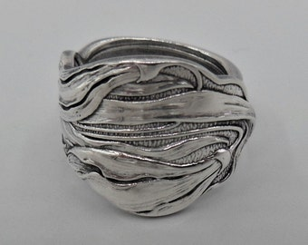 Snowdrops Spoon Ring~spoon Ring~Antique spoon ring~sterling silver spoon ring~authentic spoon ring~silver spoon ring~  Size 5.75
