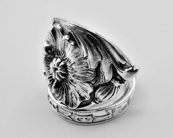 Spoon Ring-Antique Spoon Ring-Authentic Spoon Ring-Sterling Spoon Ring-Poppy Spoon Ring-September Spoon Ring-September Ring  Size 8