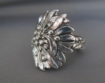 Holly by Tiffany Antique Sterling Silver Spoon Ring  size 8