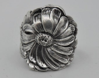 Spoon Ring-Antique Spoon Ring-Authentic Spoon Ring-Sterling Silver-Daisy Spoon Ring-Flower Spoon Ring  Size 8