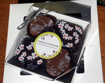 """Chocolate of the Month Society, """"Taste"""" size"""
