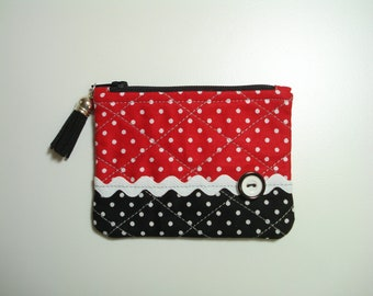 Coin PURSE / Tiny POLKA DOT Quilted Purse / Zipper Pouch / Black and Red Fabric Purse / Red and Black Tiny Pouch / Red & Black Dotted Purse