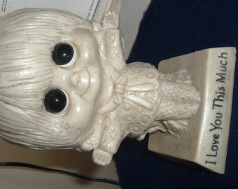 """Vintage W R Berries Co. Figurine """"I Love You This Much"""""""