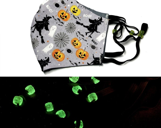 Halloween Witches and Jackolanterns Face Mask