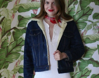 1970's Denim Jacket / Shearling Lined / Dark Wash Denim Jean Warm Jacket / Lightweight Coat / Lined Denim Jacket / Seventies Cowgirl