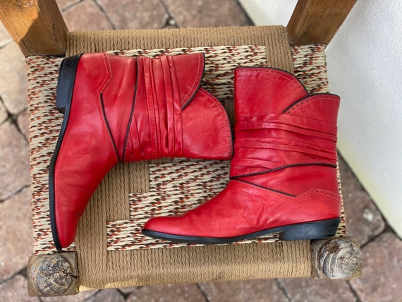 1980's Red Boots / Shorties / Corduroy Lined Winte
