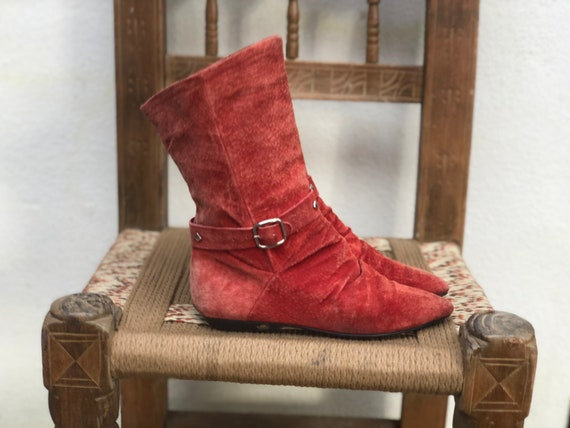Size 5 / Red Suede Boots / Shorties / Southwest Bo