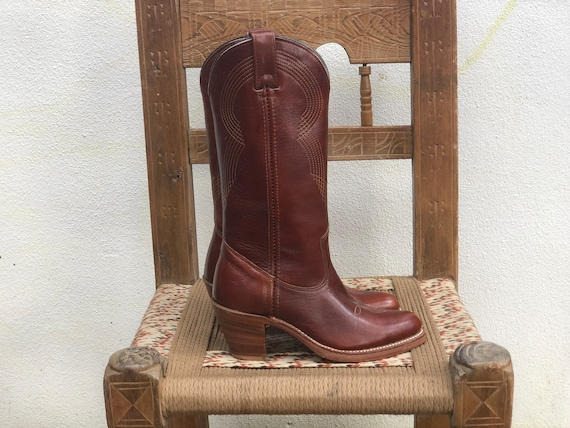 Size 5 Cowboy Boots / 1970's Cowboy Boots / Gorgeo