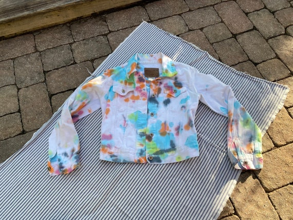 Virtual Garage sale  1980/'s Jacket  Pleated Pale Yellow Unisex Windbreaker Jacket  Gender Neutral Outerwear  Spring Jacket