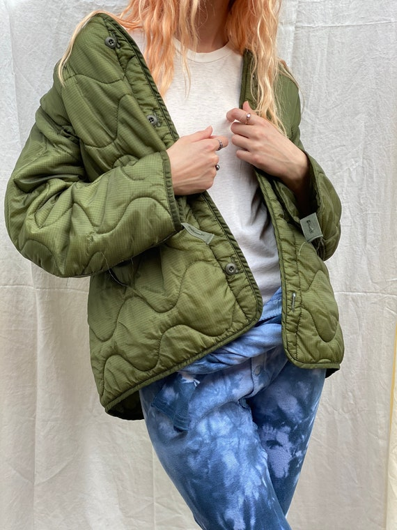 Vintage Quilted Puffy Coat / Army Liner / Lightwei