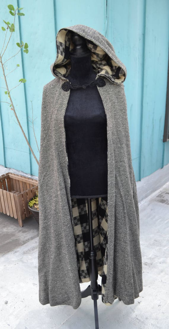 vintage wool cape - dramatic - by james reva - rud