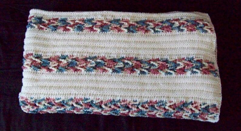 Bedspread Afghan Chevron Weave Design Herringbone Pattern image 0