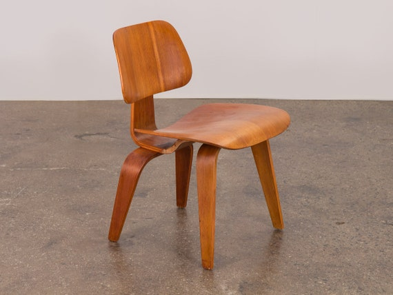 Outstanding Eames Walnut Dcw Dining Chair Wood In Walnut For Herman Miller Pdpeps Interior Chair Design Pdpepsorg