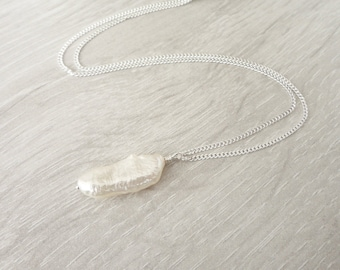 Minimalist Silver Necklace White Freshwater Pearl Pendant Silver Chain Necklace for Women