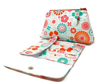 Gift for her Gift for Mom Bridesmaid gift Gift for women Makeup bag Cosmetic bag Floral Make up bag Birthday gift Girlfriend gift
