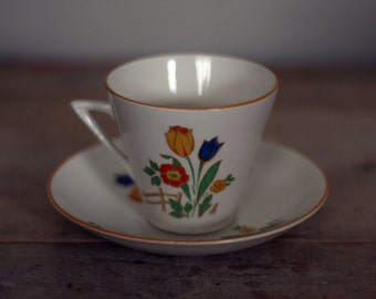 vintage cup and saucer by phoenix ware made in england