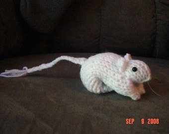 Knitted White Gerbil 12