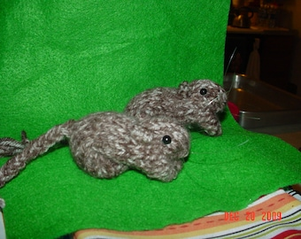 Knitted Gerbil 23 CP Nutmeg or Agouti