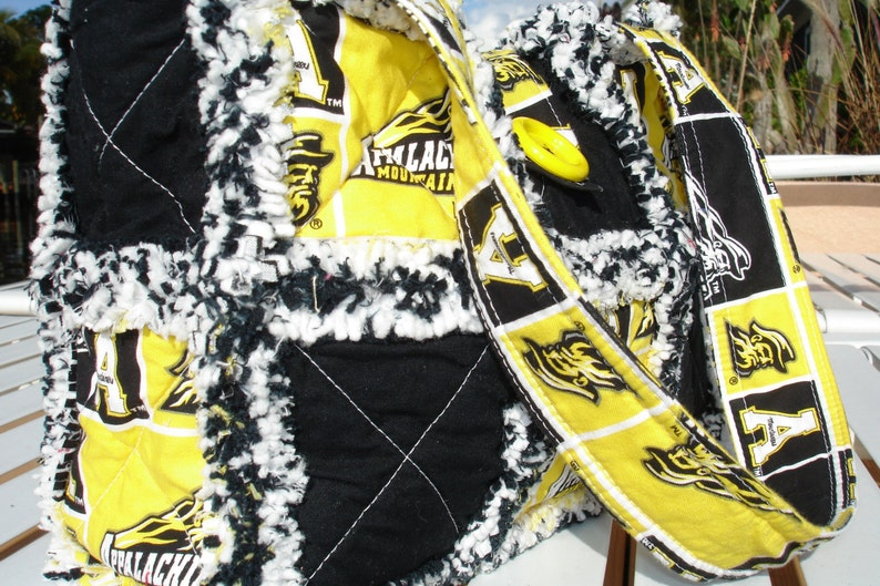 Handmade Rag Quilt Purse~Tote~Spa Bag~Lunch Bag~Small Animal Carrier~Appalachian State Mountaineers