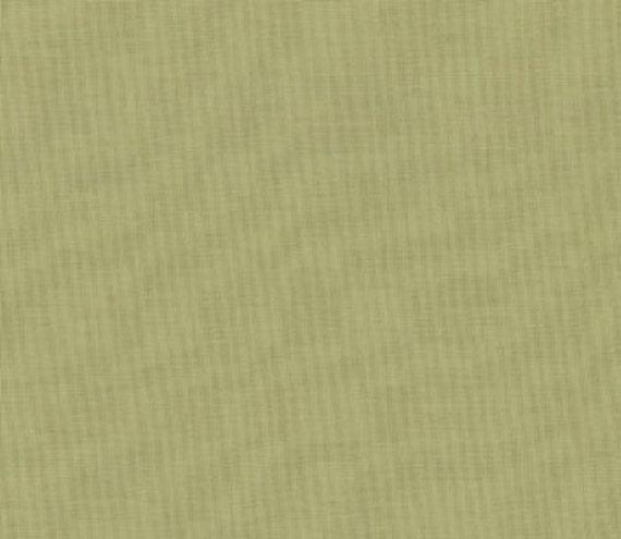 Moda Fabric Bella Solids 100/% Cotton Leaf Green