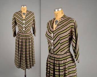 1950s floral patterned day dress • vintage 50s dress • black cotton shirtwaist dress