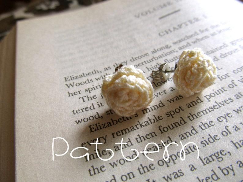 PATTERN PDF Tiny Rosettes Crochet image 0