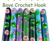 Crochet Hook, Boye Polymer Clay Covered Crochet Hooks, Crochet Hook Size B-N, Custom Crochet Needle, Frog, Pond
