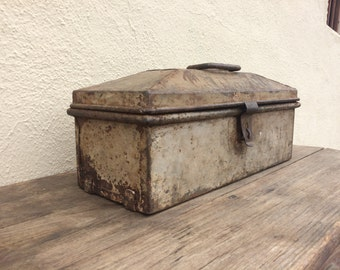 Antique TOOLBOX, Rustic Toolbox, Industrial Storage, Chippy Metal Storage, Mancave, Mantique, Art Storage, Industrial Home Decor
